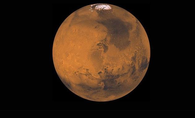 """""""İnsanoğlu yakında Mars'ta yürüyecek"""""""