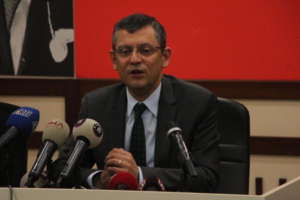 "CHP'li Özgür Özel: ""MHP muhtaç durumda"""