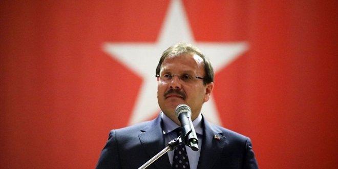 """Çavuşoğlu'ndan ilginç çıkış """"Dünyadaki tek lider Erdoğan"""""""