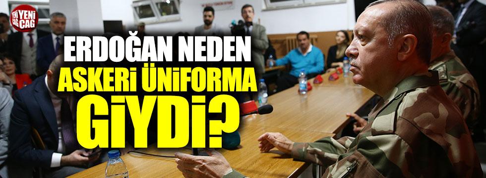 Times: Erdoğan neden askeri üniforma giydi?