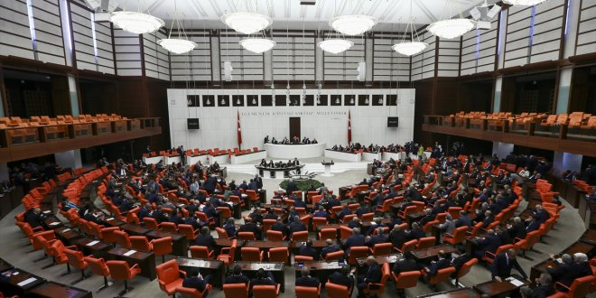 Uyum paketi Meclis'e sunuldu