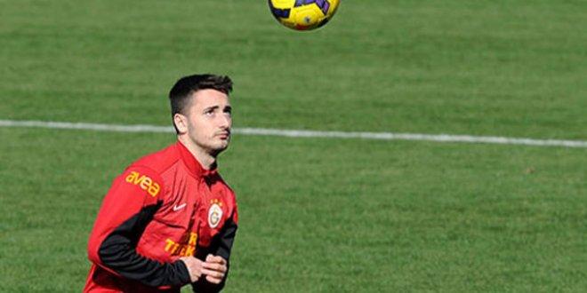 UEFA tehlikesi öncesi Galatasaray'da imza krizi