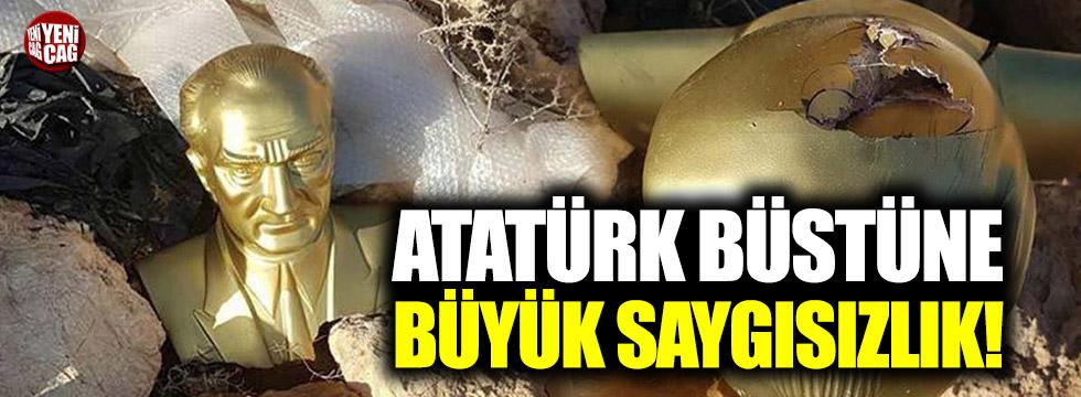 Atatürk büstüne büyük saygısızlık