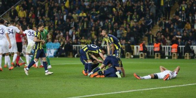 Fenerbahçe-Osmanlıspor 2-0 (Maç özeti)