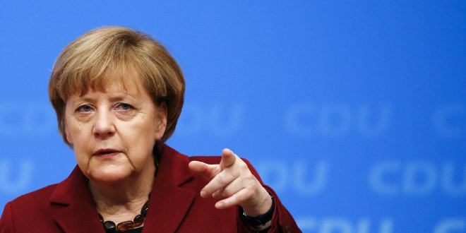 Merkel'den Suriye operasyonuyla ilgili ilk açıklama