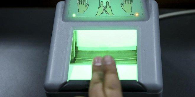 Kimlik kartlarına parmak izi