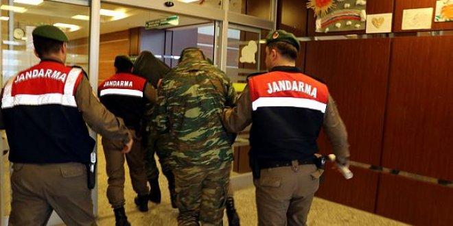 Avrupa Parlamentosu'ndan skandal Yunan asker kararı