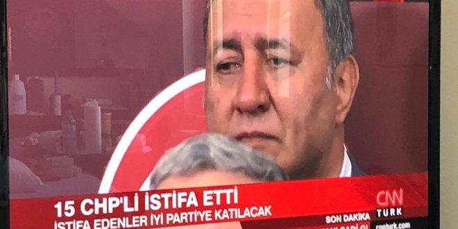 CHP'li vekil gözyaşlarıyla geçti