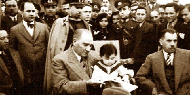 Atatürk'ün çocuk sevgisi ve 23 Nisan