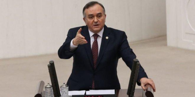 MHP'li Akçay, CHP ve İYİ Parti'yi hedef aldı!