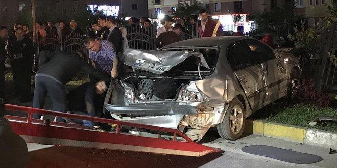 Zincirleme trafik kazası: 22 yaralı