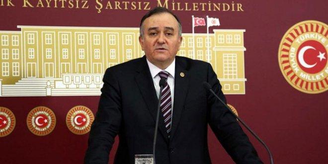 """MHP'li Akçay: """"Giden olur mu göreceğiz"""""""