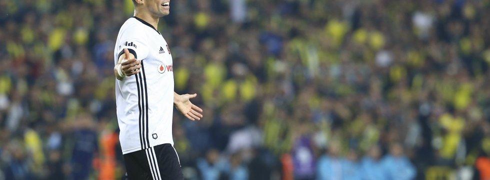 Beşiktaş, Fenerbahçe maçına çıkmayacağını açıkladı
