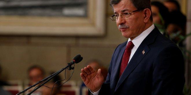 """Davutoğlu: """"Partimden ayrılmam, milletvekili adayı değilim"""""""