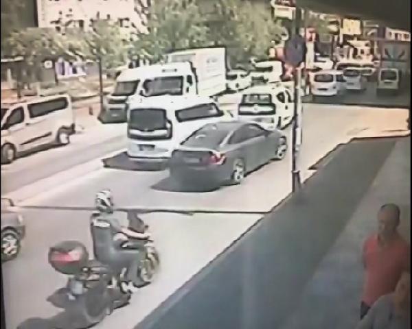 Güngören'de trafikte kadını öldürdüler