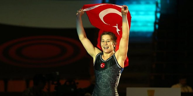 Milli güreşçi Yasemin Adar üst üste 3. kez Avrupa şampiyonu