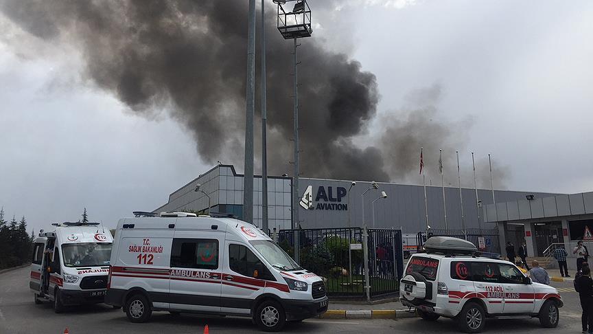 Helikopter parçası üreten fabrikada yangın