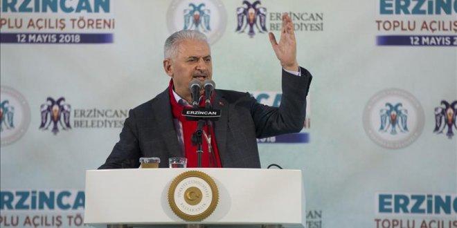 Binali Yıldırım Erzincan'da konuştu