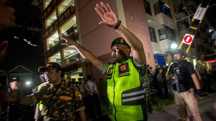 Endonezya'da polis merkezine saldırı