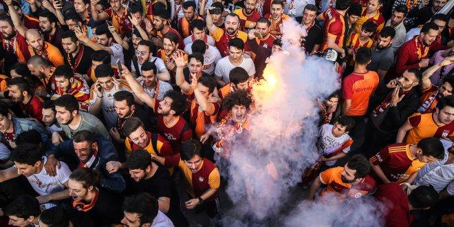 Galatasaray 21. şampiyonluğunu ilan etti