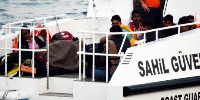 Sürat teknesiyle kaçmaya çalıştılar