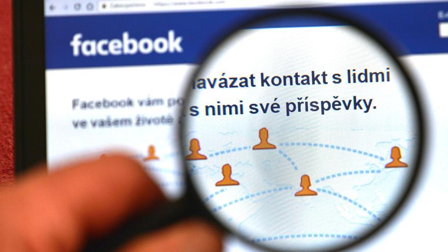 Facebook 583 kullanıcısının hesabını sildi