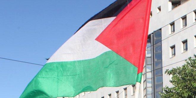 Filistin Paraguay'ı kınadı