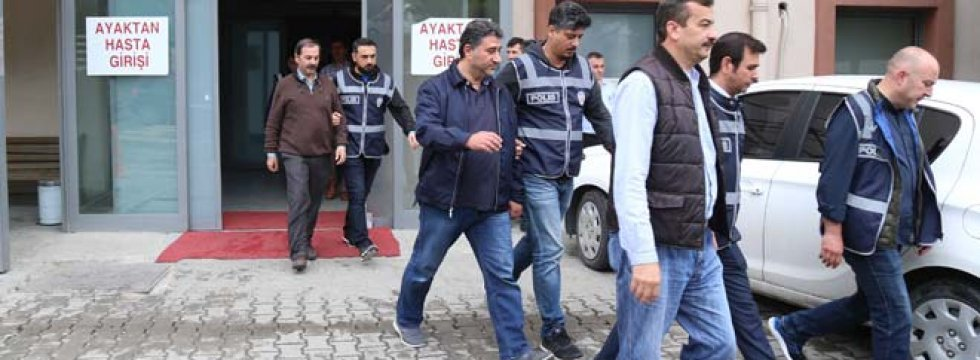 Sakarya'da sağlıkçılara FETÖ soruşturması