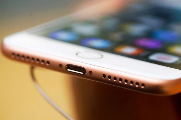 Iphone kablosu değişiyor!