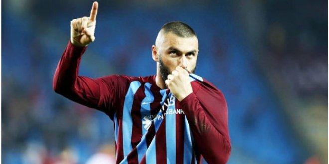 Beşiktaş, Burak Yılmaz'ı beklemeye aldı