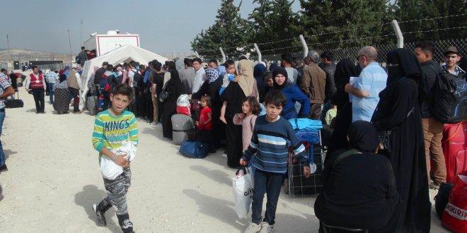 Suriye'ye bayramı kutlamaya gittiler
