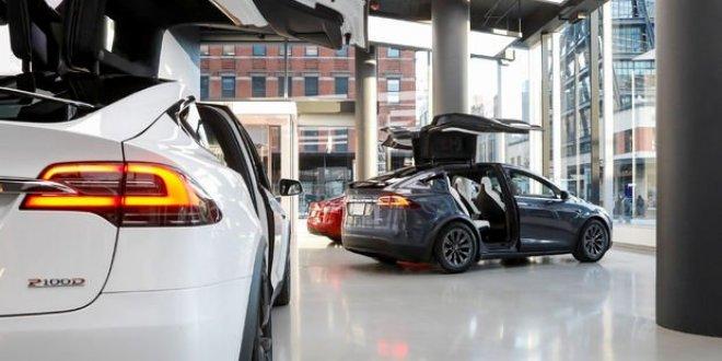 Elon Musk yeni model için tarih verdi