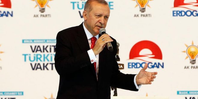 Erdoğan'dan 'Paranızı TL'ye çevirin' çağrısı