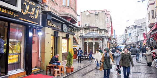 İstanbul Fatih'te Suriyeli çarşısı