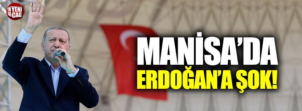 Manisa'da Erdoğan'a şok!