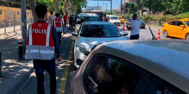 İstanbul'da tüm yollar tutuldu