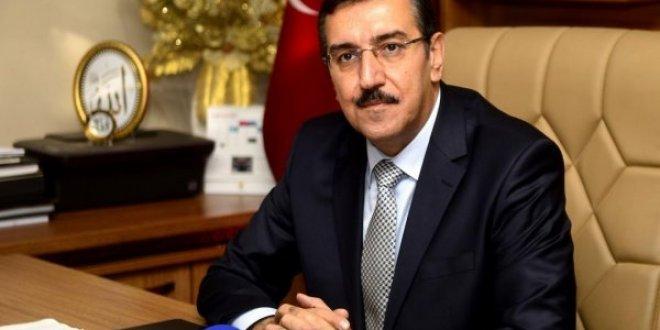 """""""Türkiye kredi kuruluşlarının oyuncağı değildir"""""""