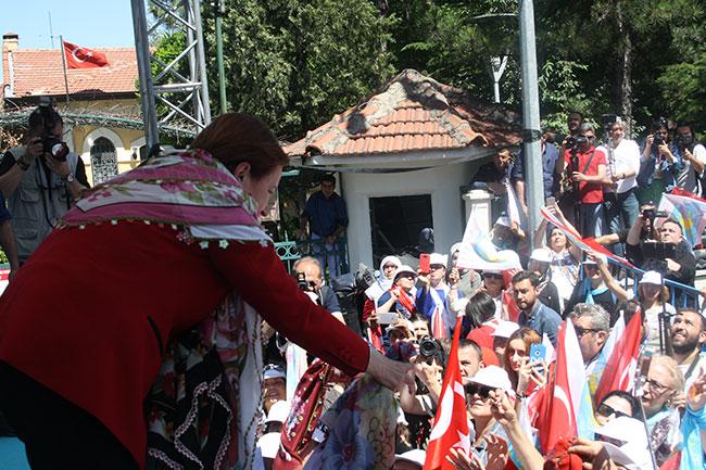 Meral Akşener: Suriyelilere 150 milyar Türk lirası harcandı