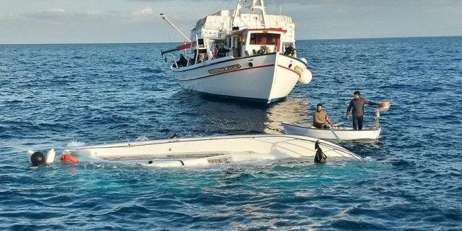 Tunus'ta kaçak göçmen teknesi battı: 35 ölü