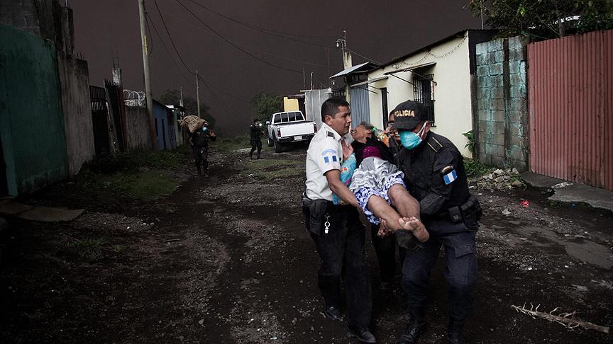Fuego Yanardağı patladı:25 ölü