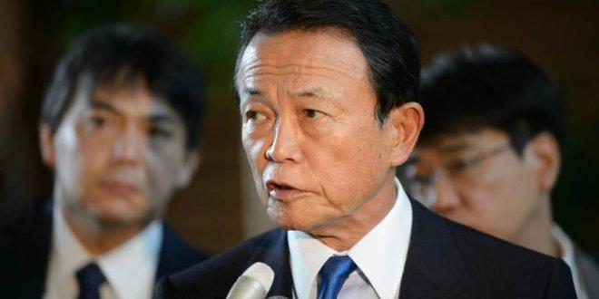 Japonya Maliye Bakanı maaşını kesti
