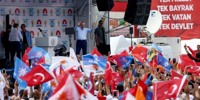 """Erdoğan: """"Ben başkomutanım"""""""