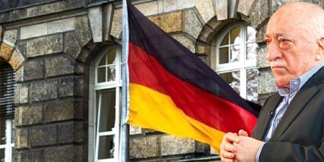 Almanya'dan FETÖ Kararı