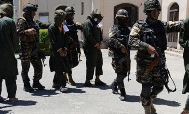 Afganistan'da Taliban iki vilayette saldırdı: 42 ölü