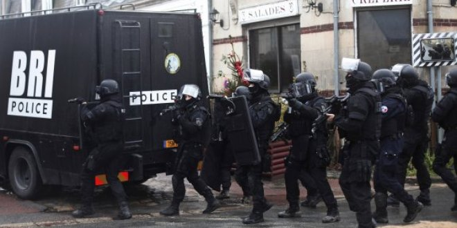Paris'te rehine krizi