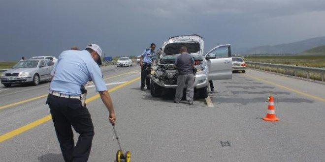 İYİ Parti konvoyunda kaza