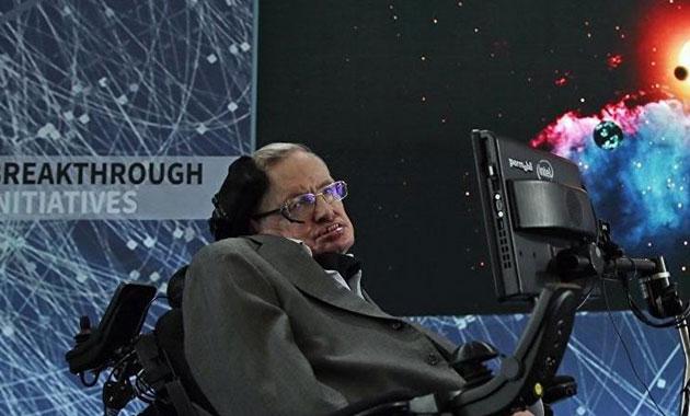 Stephen Hawking'in ses kaydı kara deliğe gönderilecek
