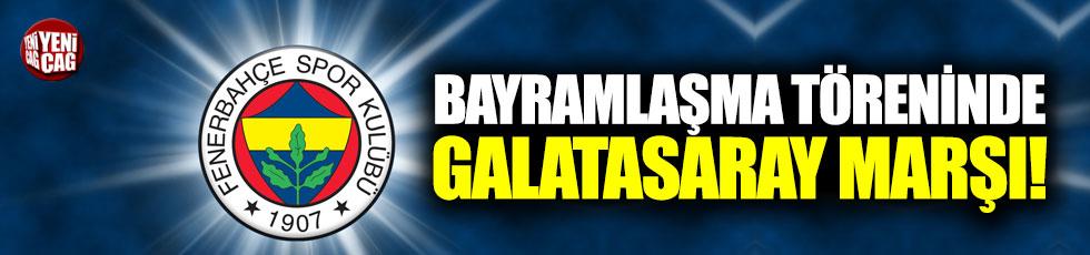 Bayramlaşma töreninde Galatasaray marşı şoku!