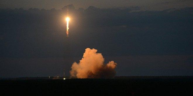 Rusya, Soyuz füzesi ile yörüngeye uydu fırlattı