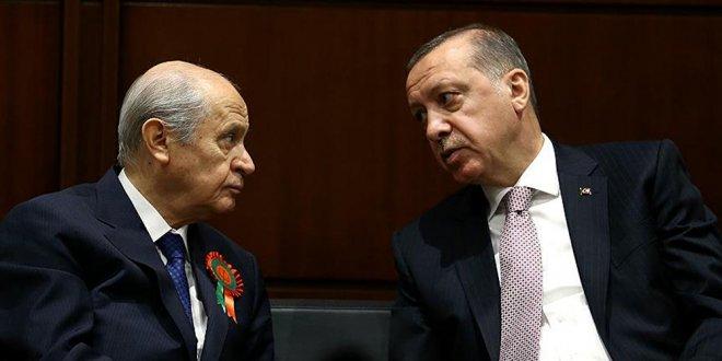 """AKP'li seçmen milliyetçi dalgadan memnun değil"""
